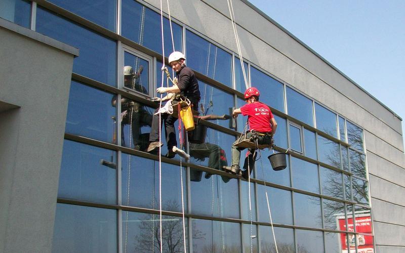 Mycie okien z lin